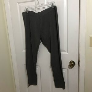 5/$45 Women's Size 2XL Gray Yoga Capri